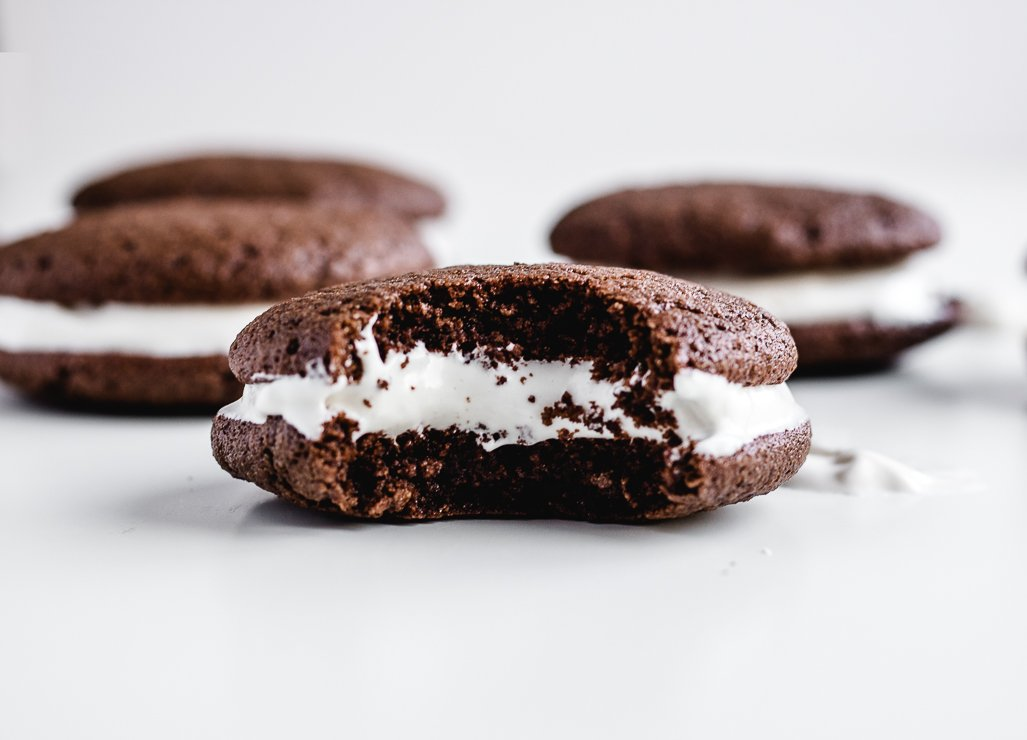 gluten free chocolate whoopie pie recipe with marshmallow creme