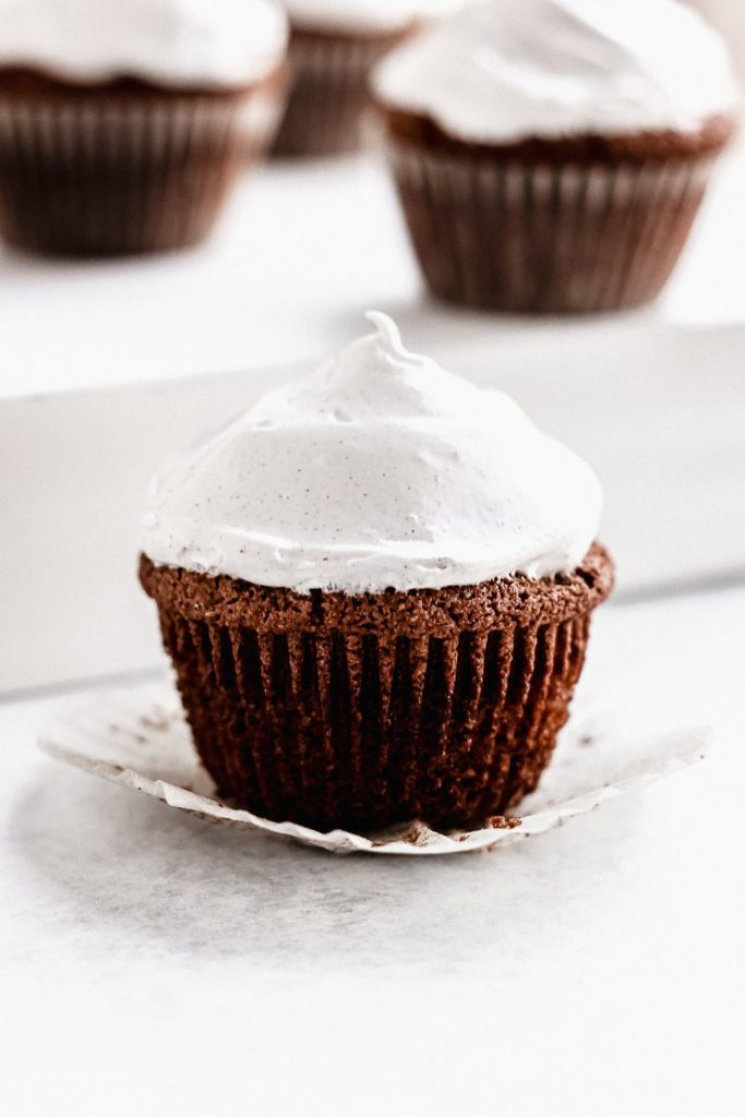 paleo gingerbread cupcakes